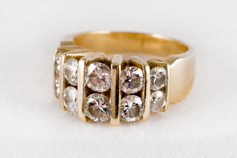 Ten-Diamond Gold Ring