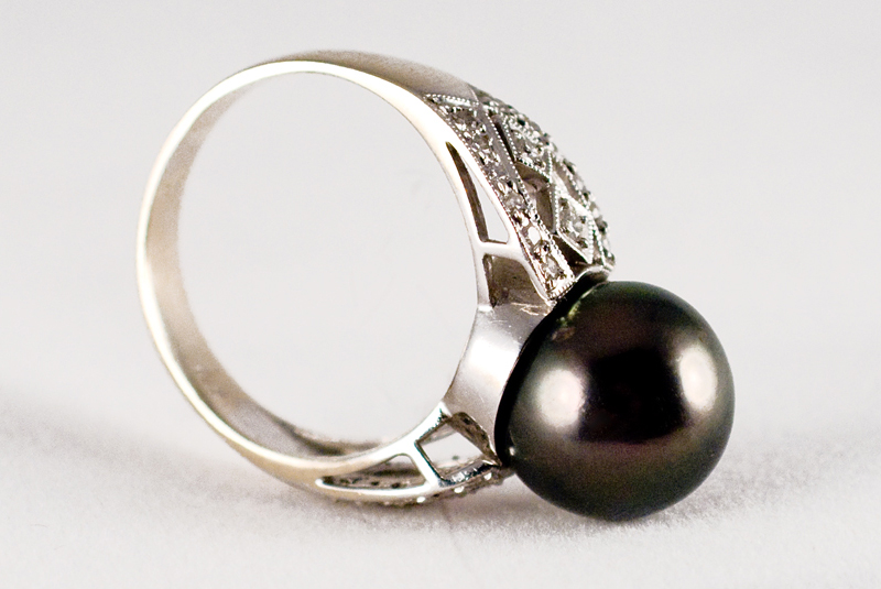 Black Pearl Cocktail Ring